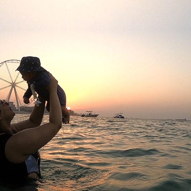 momish_blog_unaisa_gani_travelling_with_a_baby