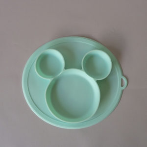 CB001_Cubs_Collection_Silicone Mouse Plate Sky