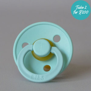 CB023_Cubs_Collection_BIBS Pacifiers Baby Blue Size 2-promo